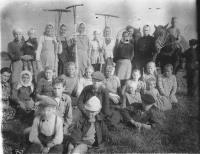 Меландово. ~1950 год. На сенокосе