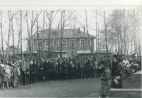 Школьная линейка в День Победы