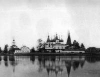 Вид Антониево-Сийского монастыря с южной стороны, 1884-1886 гг.