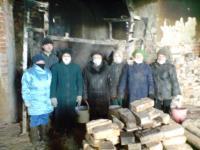 24 марта 2012 года - добовольные помощники на уборке мусора